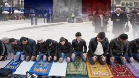 Франция в огне: на пути