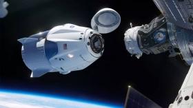 Космический корабль Crew
