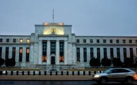 В руководстве ФРС вновь