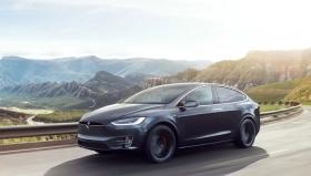 Tesla во время